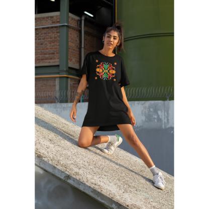 Дамска тениска-рокля с шевица - 03
