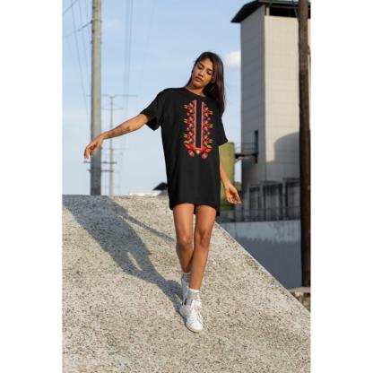 Дамска тениска-рокля с шевица – 17